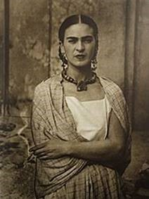 Frida Kahlo picture - smoking a cigarette
